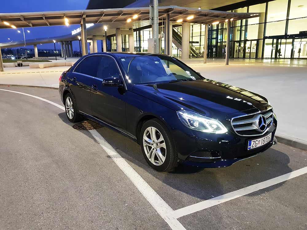 Auto-taxi_Zane_taxi_Mercedes_VIP_prijevoz